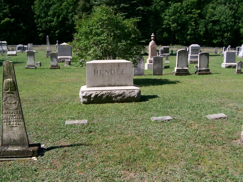 Hendee Family Plots - Forest Lawn Cemetery