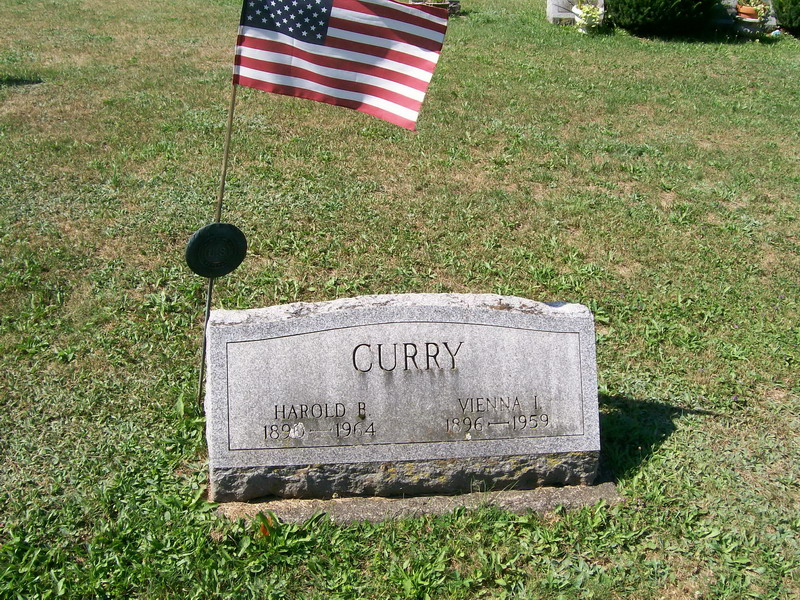 Harold and Vienna(Pfaff) Curry - Forest Lawn Cemetery