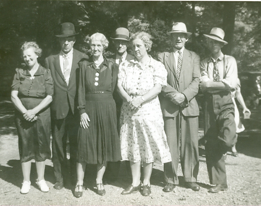 1941 Mitchell Reunion at New Milport, Clearfield Co., PA
